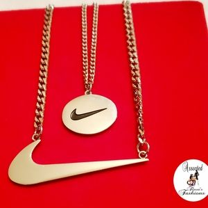 Nike Double Swooch Necklace Set